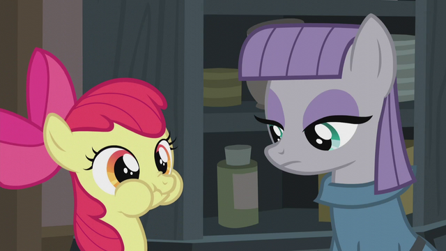 File:Apple Bloom spends time with Maud S5E20.png