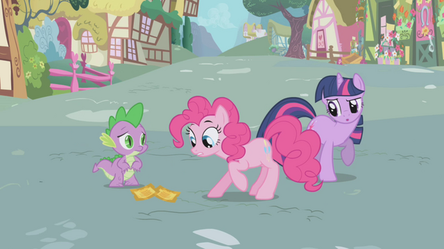 File:Pinkie Pie looking at the tickets S1E03.png