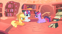 "Applejack ""are we gettin' any closer"" S1E08"