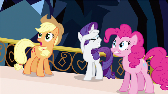 File:Rarity can't look S3E2.png