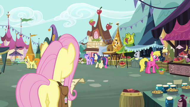 File:Fluttershy at Town Square S2E19.png