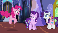 Pinkie Pie hopping up to Starlight Glimmer S6E21