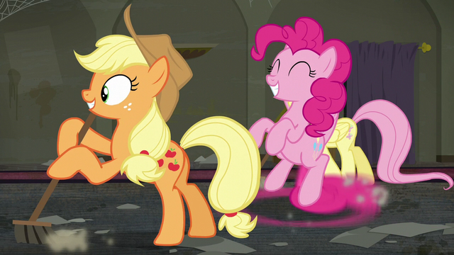 File:Pinkie sweeps the floor with her tail S6E9.png