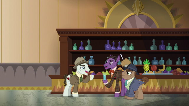 File:Stallions having drinks at the club bar S6E17.png