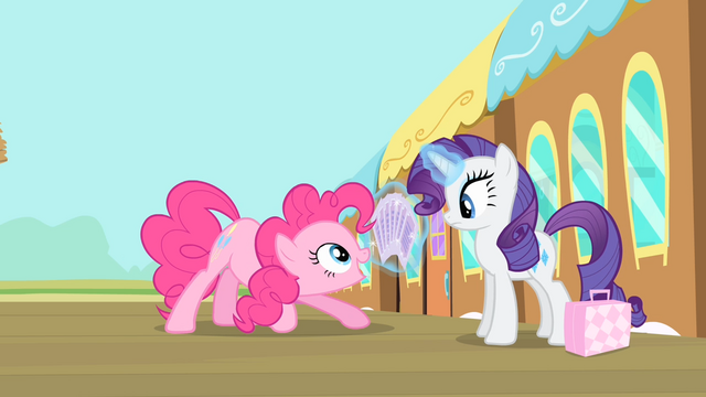 File:Pinkie Pie '...where I pick a card...' S4E08.png