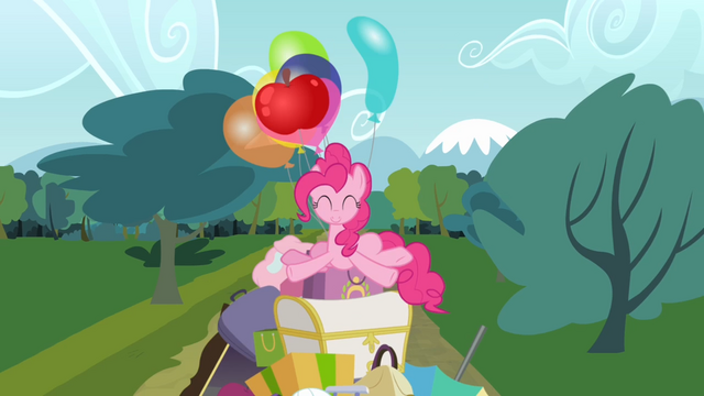 File:Pinkie Pie on a pile of stuff S4E09.png