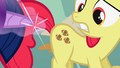 Apple Bloom football fake cutie mark S1E12.png