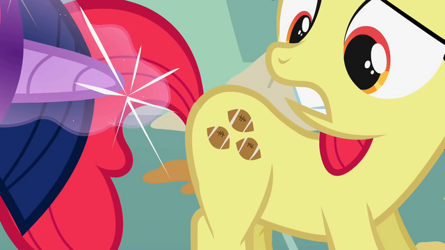 File:Apple Bloom football fake cutie mark S1E12.png