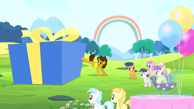File:Cheese kicks a box S4E12.png