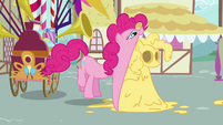 Pinkie Pie eating dough replica of herself S2E18