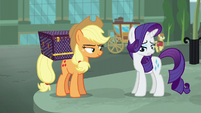 Rarity notices her cutie mark isn't glowing S5E16