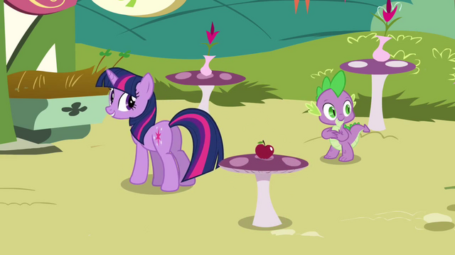 File:Twilight 'If there's more of you to go around' S3E3.png