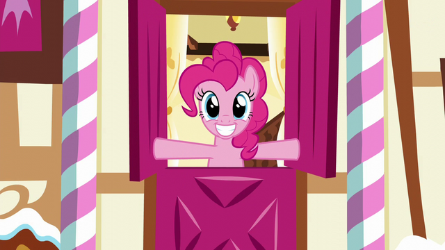 File:Pinkie Pie opens the top half of Sugarcube Corner entrance S5E19.png