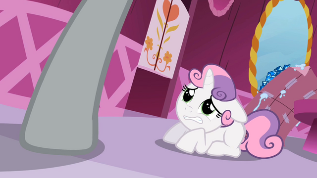 File:Sweetie Belle cowering S2E5.png