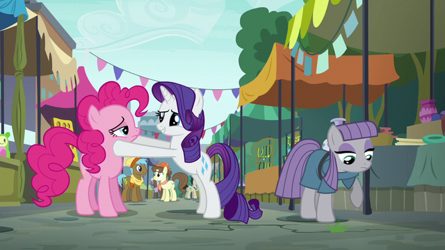 "File:Rarity ""you're back!"" S6E3.png"