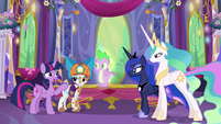 """Twilight """"And be there for Spike"""" S6E5"""
