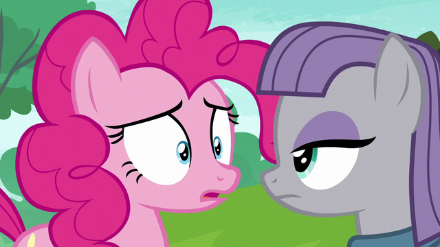 File:Pinkie Pie caught in her lie S6E3.png
