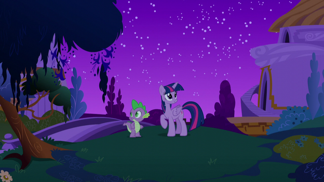 File:Twilight and Spike on the ground at Canterlot S5E12.png