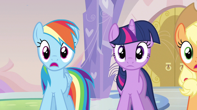 File:Rainbow Dash pretty much horrified S3E12.png