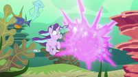 Twilight teleports out of the sea S6E21
