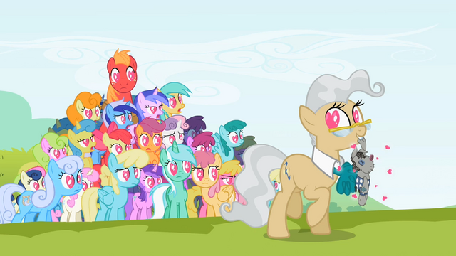 File:Ponyville Doll Love S2E3.png