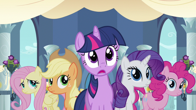 File:Rarity & Twilight witness love S2E26.png