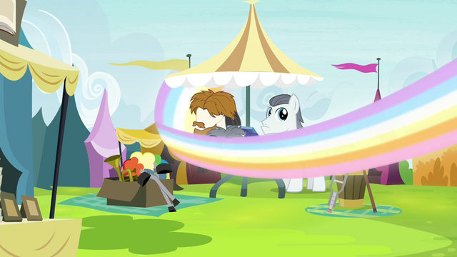 File:Silver Shill in Let the Rainbow Remind You S4E26.png