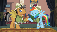 Rainbow and Quibble hoof-bump S6E13
