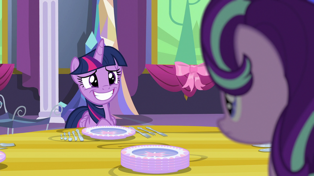 File:Twilight giving Starlight a fake smile S06E06.png