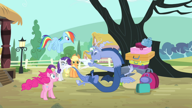 File:Discord blowing nose S4E11.png