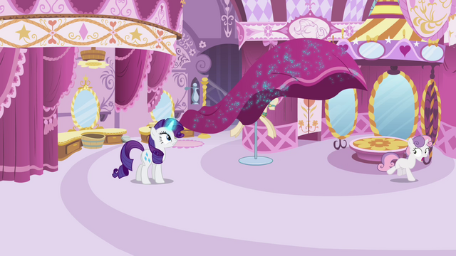 File:Rarity's curtains coming alive S4E01.png