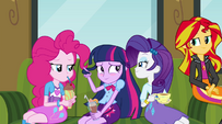 Twilight Sparkle embarrassed around her friends EG2