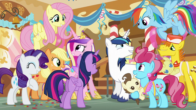 File:Ponies share in the royal couple's happiness S5E19.png