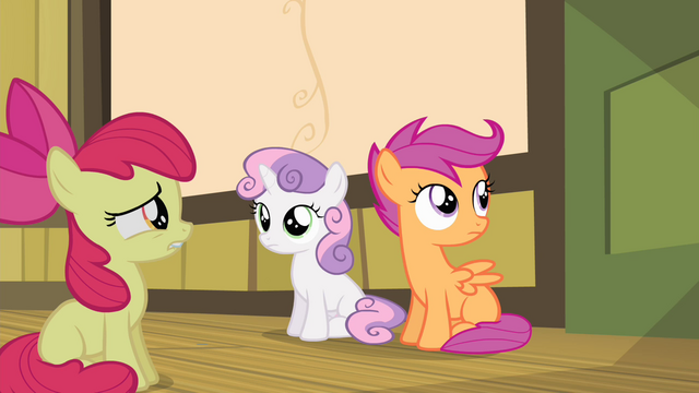 File:Sweetie Belle looking at Apple Bloom S4E17.png