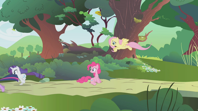 File:Others leaving Pinkie alone S01E10.png
