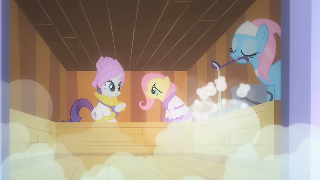 File:Fluttershy Photo Finish S1E20.png