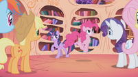 Pinkie Pie 'It was under E!' S1E02