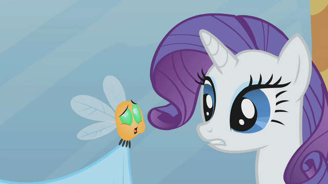 File:Rarity looking at belching parasprite S1E10.png
