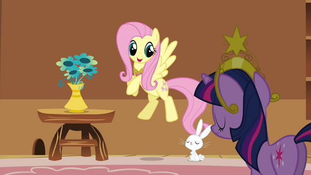 File:Fluttershy putting the vase on the table S3E10.png