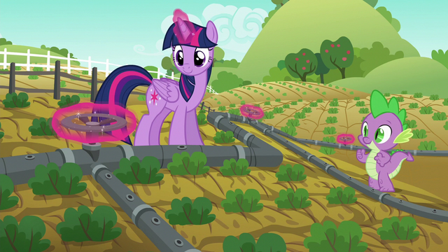 File:Twilight magically turns all valves at once S6E10.png