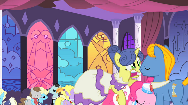 File:May Ball gets lifted by Pinkie S1E26.png