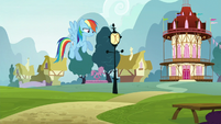 Rainbow gets ignored by Pinkie S5E19