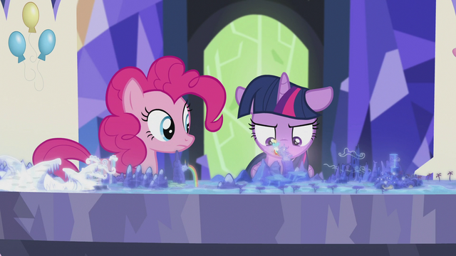 File:Twilight pauses S5E8.png