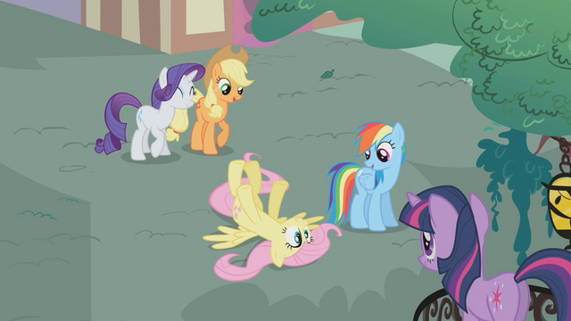 File:Fluttershy faints S01E07.png