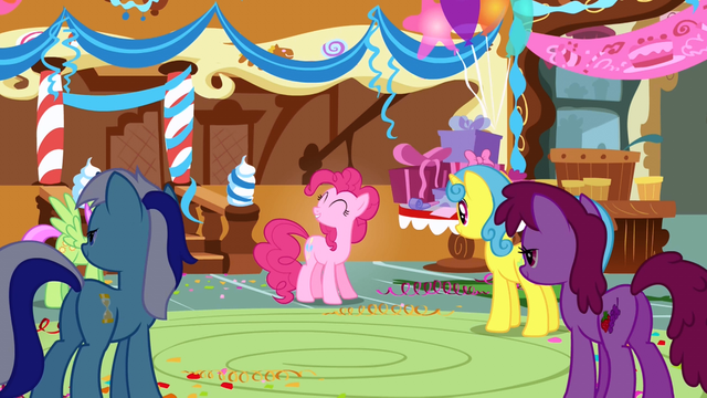 File:Pinkie Pie Minuette Berryshine S1E05.png