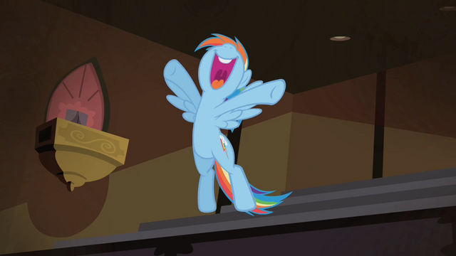 File:Rainbow 'I loved it!' S4E08.png