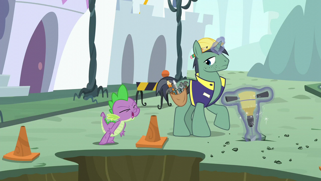 """File:Spike shouting """"stop right now!"""" S5E10.png"""