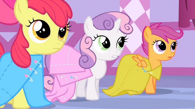 File:Sweetie Belle 'Most other fillies at school already have theirs' S1E23.png