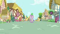 Spike stops walking S4E23
