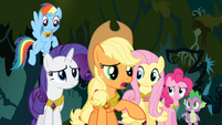 Applejack suggests Twilight should go back to Ponyville S4E02